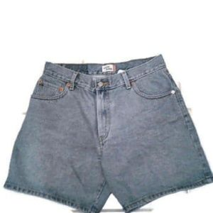"EUC Levi's 550 High-Waist ""Mom"" Shorts Size 12"